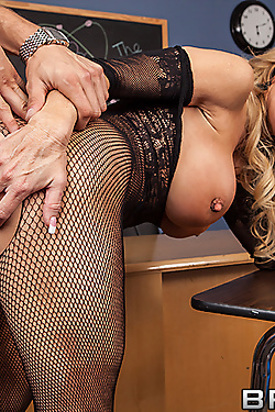 Amber Lynn fucking one of the students in class