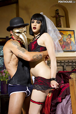 Asphyxia Noir gets drilled by a total stranger at the masked ball