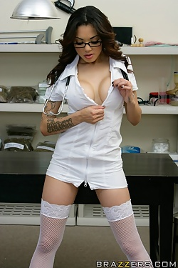 Adrenalynn busty nurse fucks the doctor