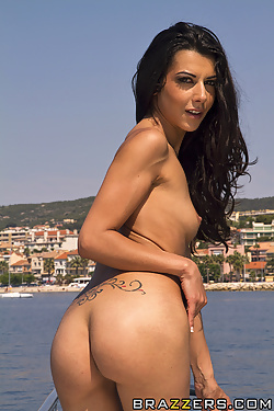 Lou Charmelle shares cocks with Liza Del Sierra on a boat