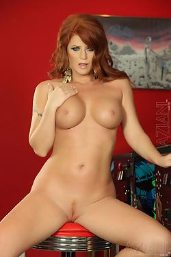 Sara Leona Buxom Redhead Bares All At Pinball