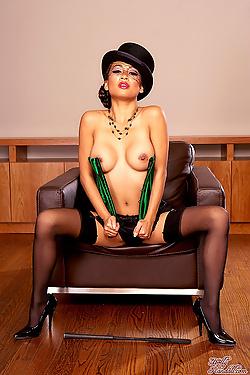 Kina Kai Topless Cabaret Vixen