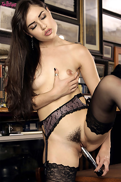 Classy Vixen Sasha Grey shows off her hot body