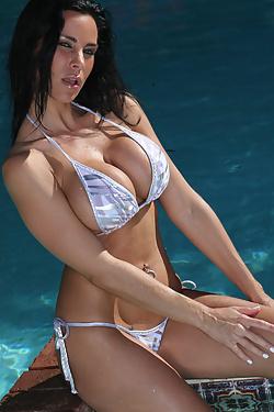Laura Lee gorgeous and soaking wet in zebra thong bikini